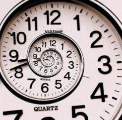 Spiral clock