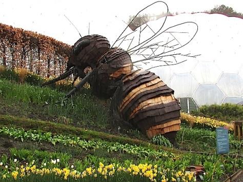 Bee sculpture-Eden Project