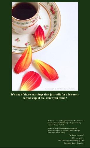 SH-Teacup with petals
